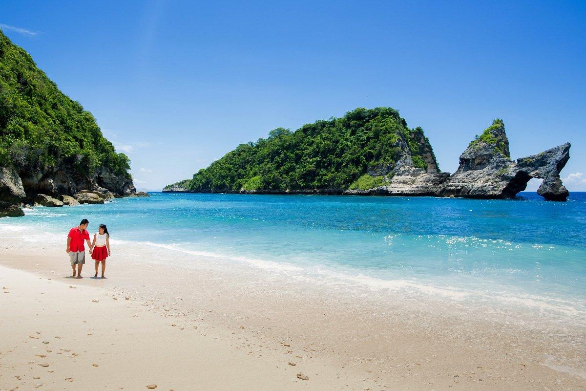 Pantai Atuh Nusa Penida 4 Paket Tour Murah Nusa