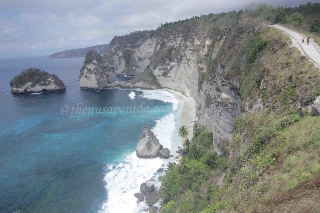 atuh cliff@thenusapenida.com